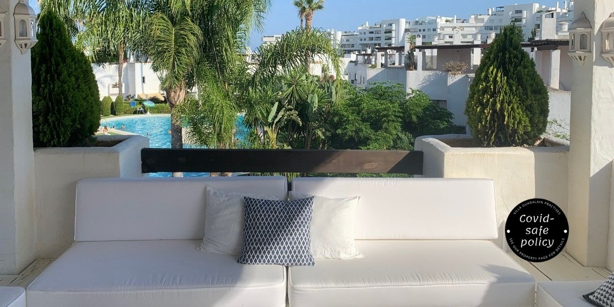 Enjoy our roof terrace lounge